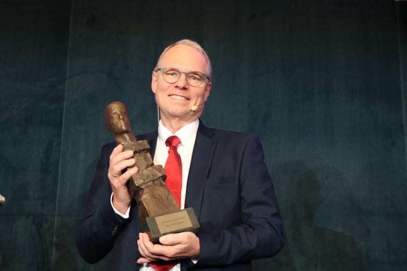 Hans Petter Graver får Akademikerprisen 2020