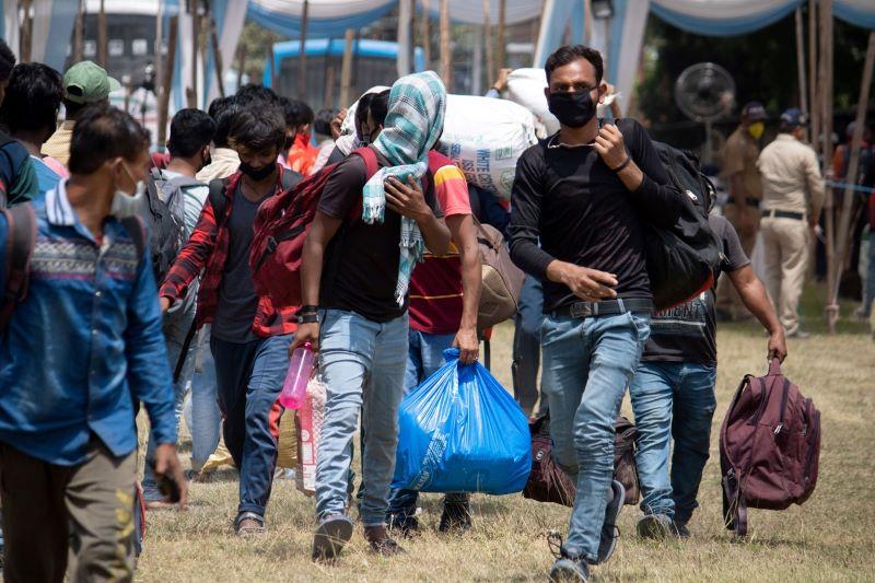 Kan asylstatus opphøre fordi internflukt blir mulig? Kommentar til Høyesteretts dom HR-2021-203-A («Farida II»)