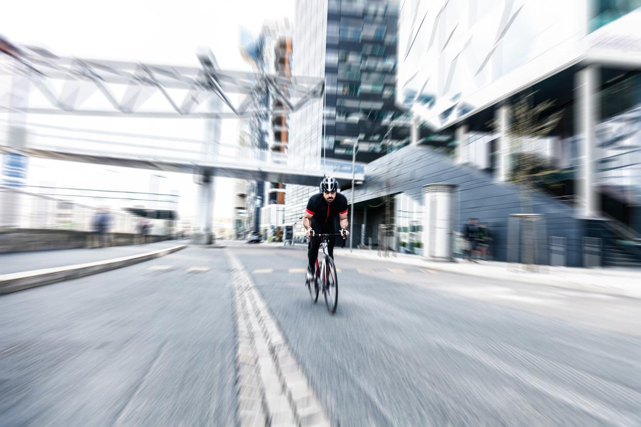 Kommentar til Høyesteretts dom HR-2020-1723-A om sykling i kollektivfelt («Sykkeldommen»)