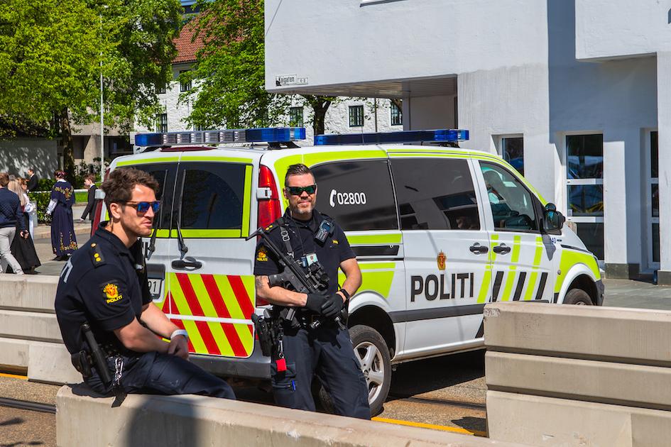Slik kan politiet håndheve smittevernreglene under koronakrisen